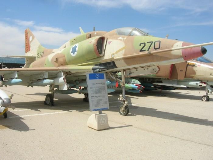 McDonnell_Douglas_A-4F_Skyhawk_Ayit_F_(468970264)