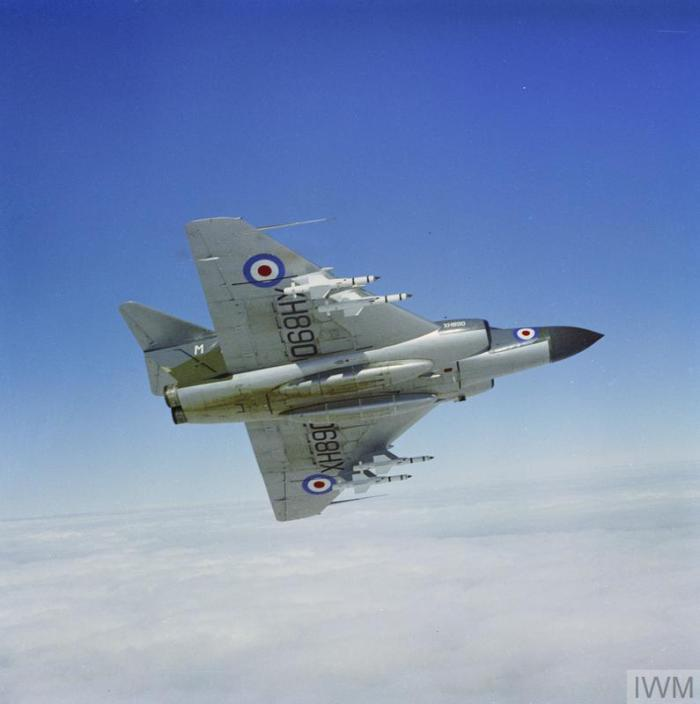 RAF-T 2151