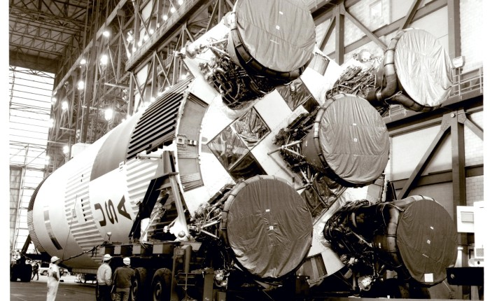 #BookReview – Picturing Apollo 11: Rare Views and UndiscoveredMoments