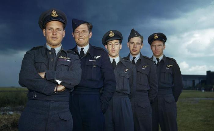 Royal Air Force 'wings' Brevets in Second World War Propaganda