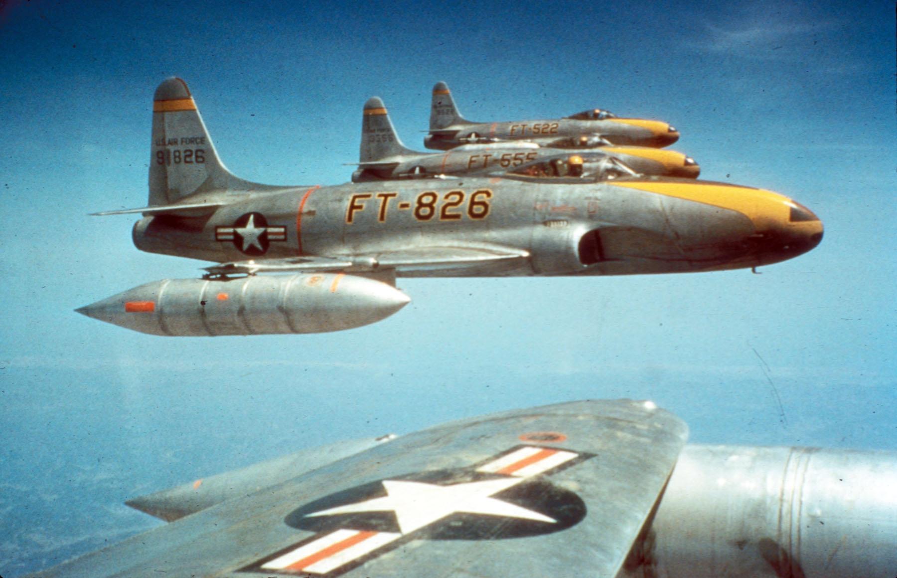 F-80Cs_8th_FBS_over_Korea_c1950